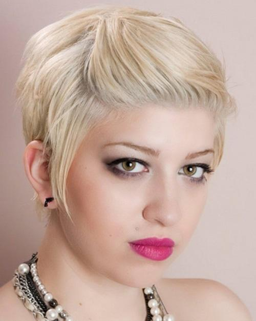 Short hairstyle with back swept bangs