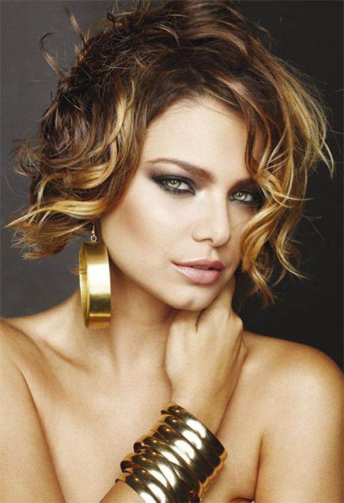 Short curly brown bob with honey blonde highlights
